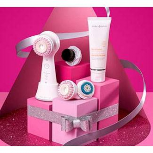26% Off Clarisonic Mia Smart Sonic Cleansing Face Brush Gift Set @ Amazon