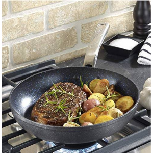 $13.99 T-fal G10405 Heatmaster Nonstick Thermo-Spot Heat Indicator Fry Pan, 10-Inch@Amazon.com