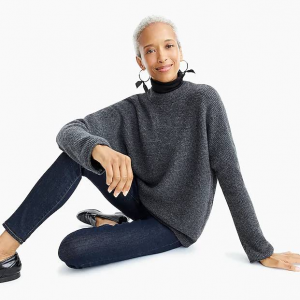 Point Sur button-back sweater in waffled supersoft yarn
