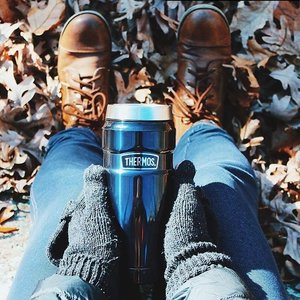 $13.49 Thermos Stainless King 16 Ounce Travel Tumbler Midnight Blue @ Amazon.com
