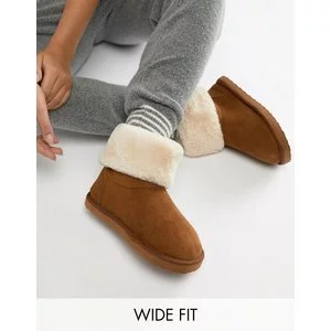 ASOS DESIGN Wide Fit Nolan Boot Slippers