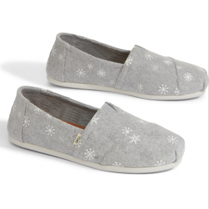 Drizzle Grey Embroidered Snowflakes Women's Classics